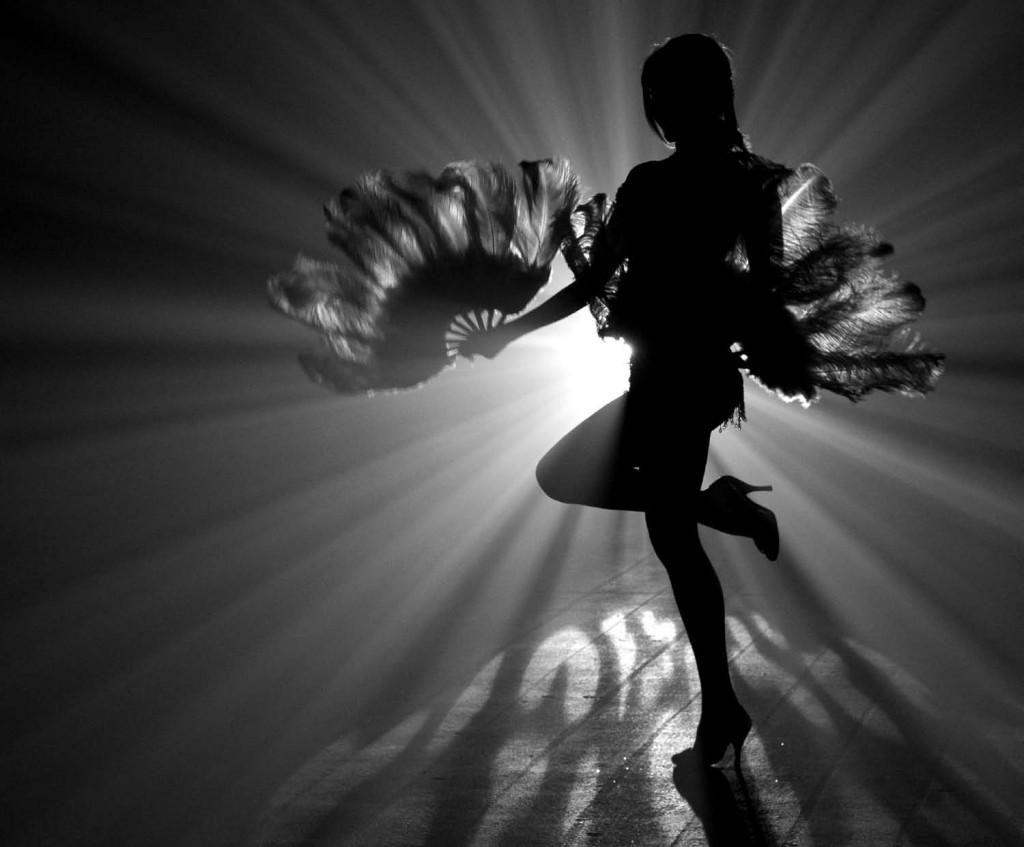 Trixie Minx of Fleur De Tease Burlesque