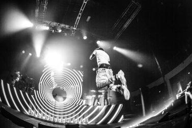 antigravity-nov2016-photo-chance-the-rapper-mardi-gras-world-by-sean-ambrose