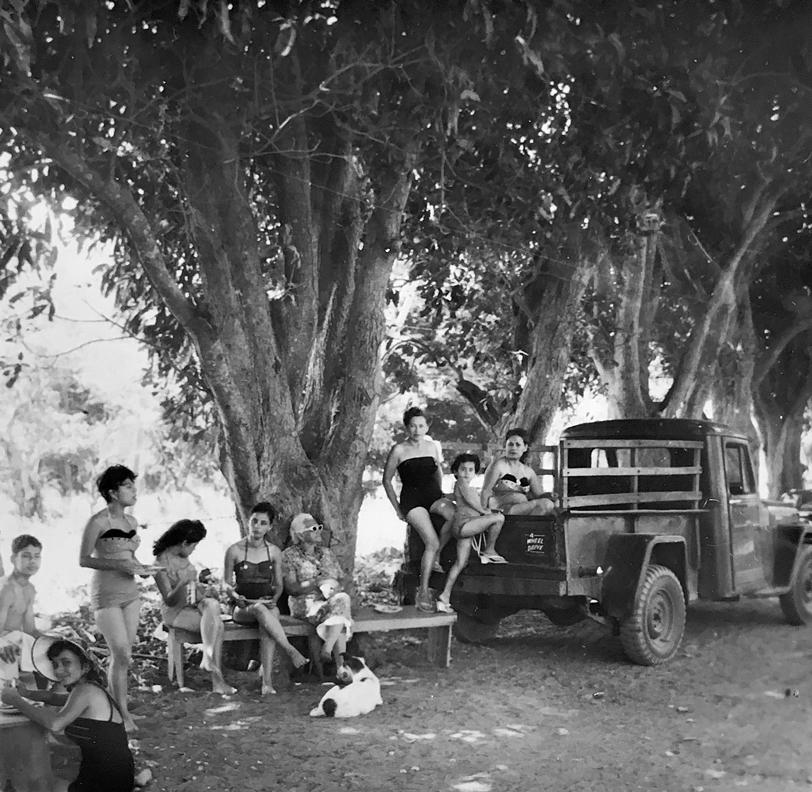 Antepasados en su finca, Diriamba, Nicaragua