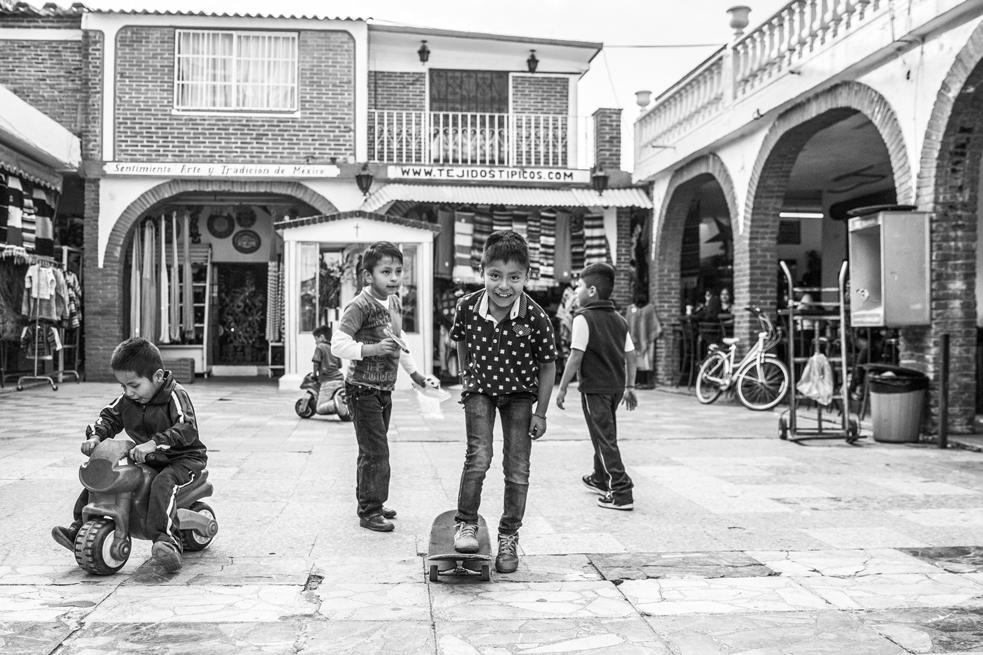 ANTIGRAVITY-AUGUST-2017-Sean-Ambrose-2-Mexico-City