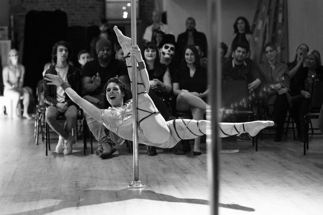 ANTIGRAVITY-DECEMBER-2017-PHOTO-Renee-DeVille-Mr-Pole-America-Competition-by-Lyn-Archer